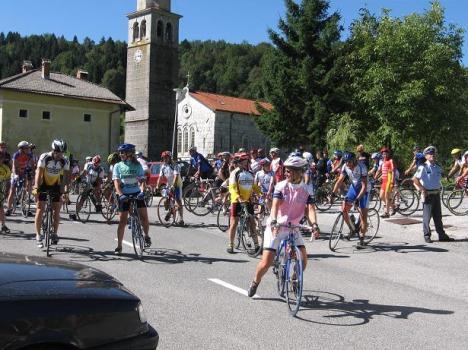 Prvič po mnogo letih ponovno množica kolesarjev v Breginju