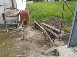 Betonaža mulde in zida_1