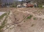 Grabljenje izkopanih in nasutih delov okolice igrišča_14